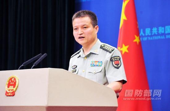 国防部新闻局局长、国防部新闻发言人杨宇军大校答记者问。