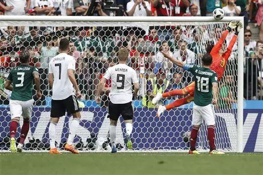 卫冕冠军德国0-1墨西哥输了 球迷:最冷世界杯!【赛车微信群】