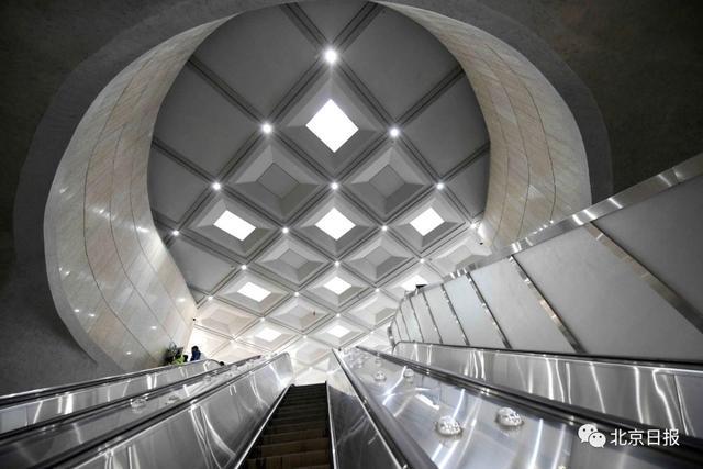 世界上第一条设计时速350公里的有砟轨道高速铁路,世界上第一条设计图片