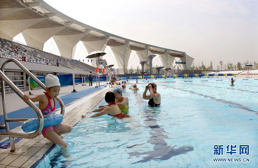 上海月亮湾游泳馆