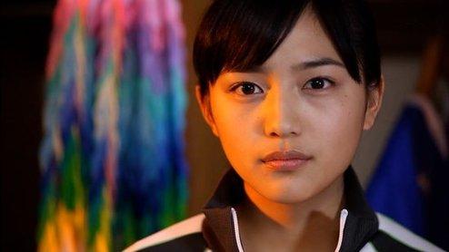 围观日本清纯脱俗的美女高中