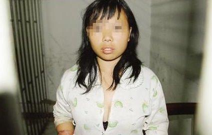 上海热线新闻频道-- 女子一丝不挂睡觉不关门