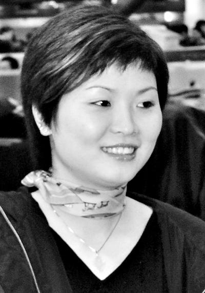 中国女子乒乓球运动员,1990年入国家乒乓球队.曾经夺得了...