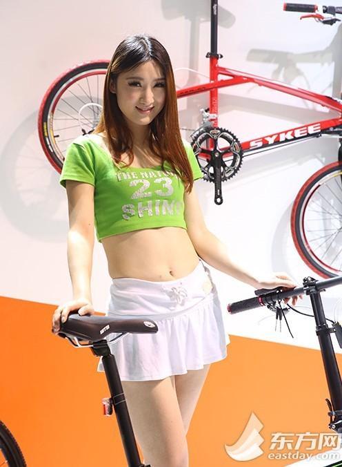发福利了,2014上海国际自行车展嫩模大比拼