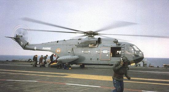 资料图:法国超黄蜂舰载直升机.