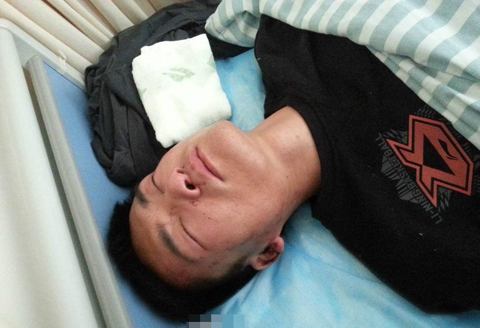 江苏一妇产科男医生查房后遭3人围殴