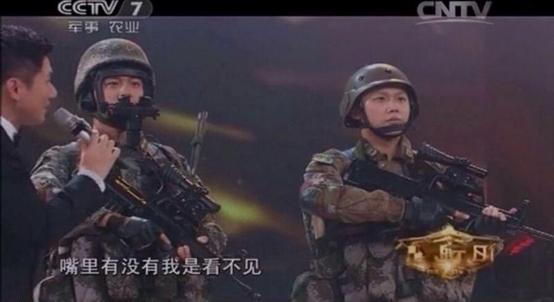 央视曝光解放军新款单兵夜视仪
