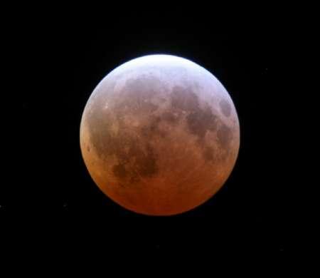 全球多地出现红月亮__上海热线新闻频道