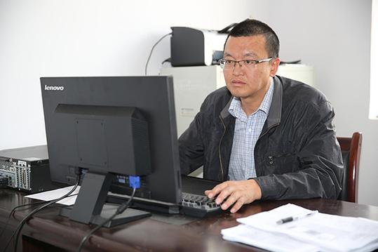 """8个月前,国网青海省电力公司党委认真贯彻落实国家""""精准扶贫""""战略政策"""
