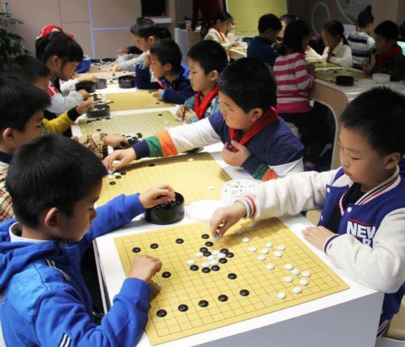 上海热线新闻小学--上海v新闻推行小学放学后快郑州金明双语频道图片