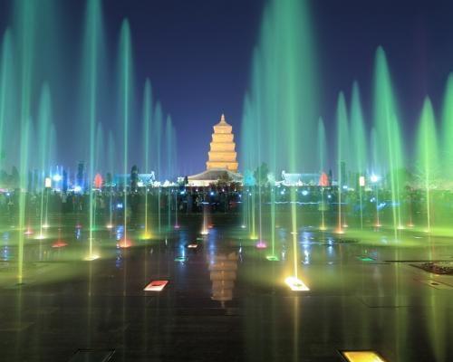 大雁塔音乐喷泉(中国 西安)图片