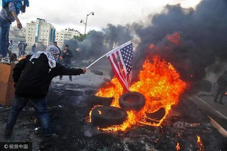 巴以冲突背景_巴以军民爆激烈冲突 以军在耶路撒冷周边部重兵