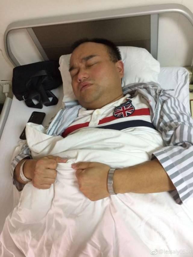 鸿茅案医生突发病 将自己关闭在房间胡言乱语以头撞墙