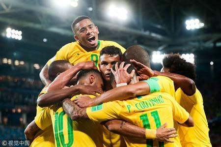 巴西小组第一晋级16强 内马尔助攻席尔瓦头槌破门