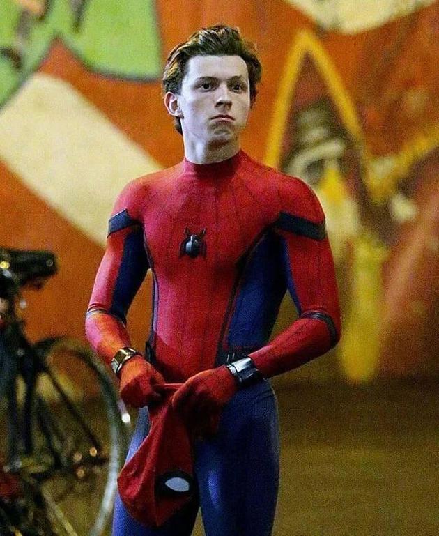 蜘蛛侠回归漫威 汤姆·霍兰德将继续主演