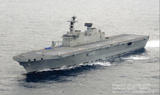 韩国将建准航母 应对中日近年来持续的海军扩